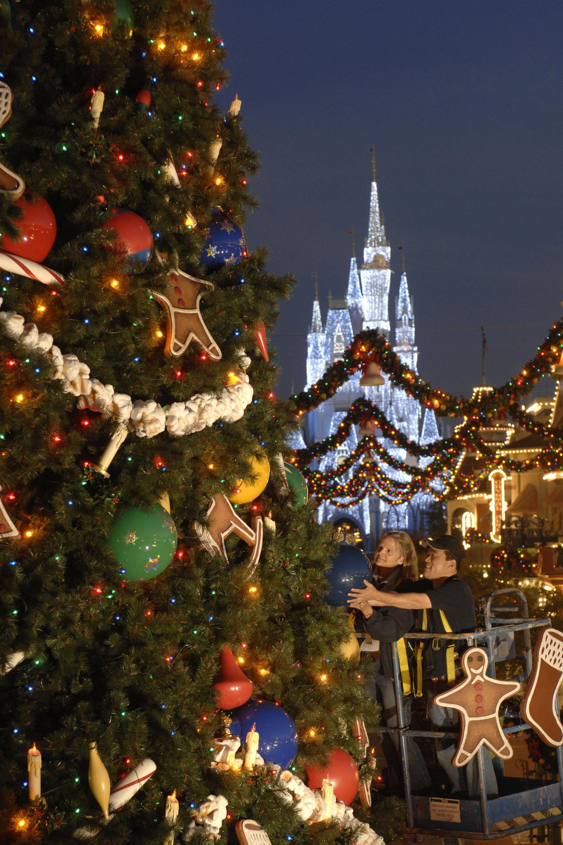 My Favorite Christmas Trees in Walt Disney World