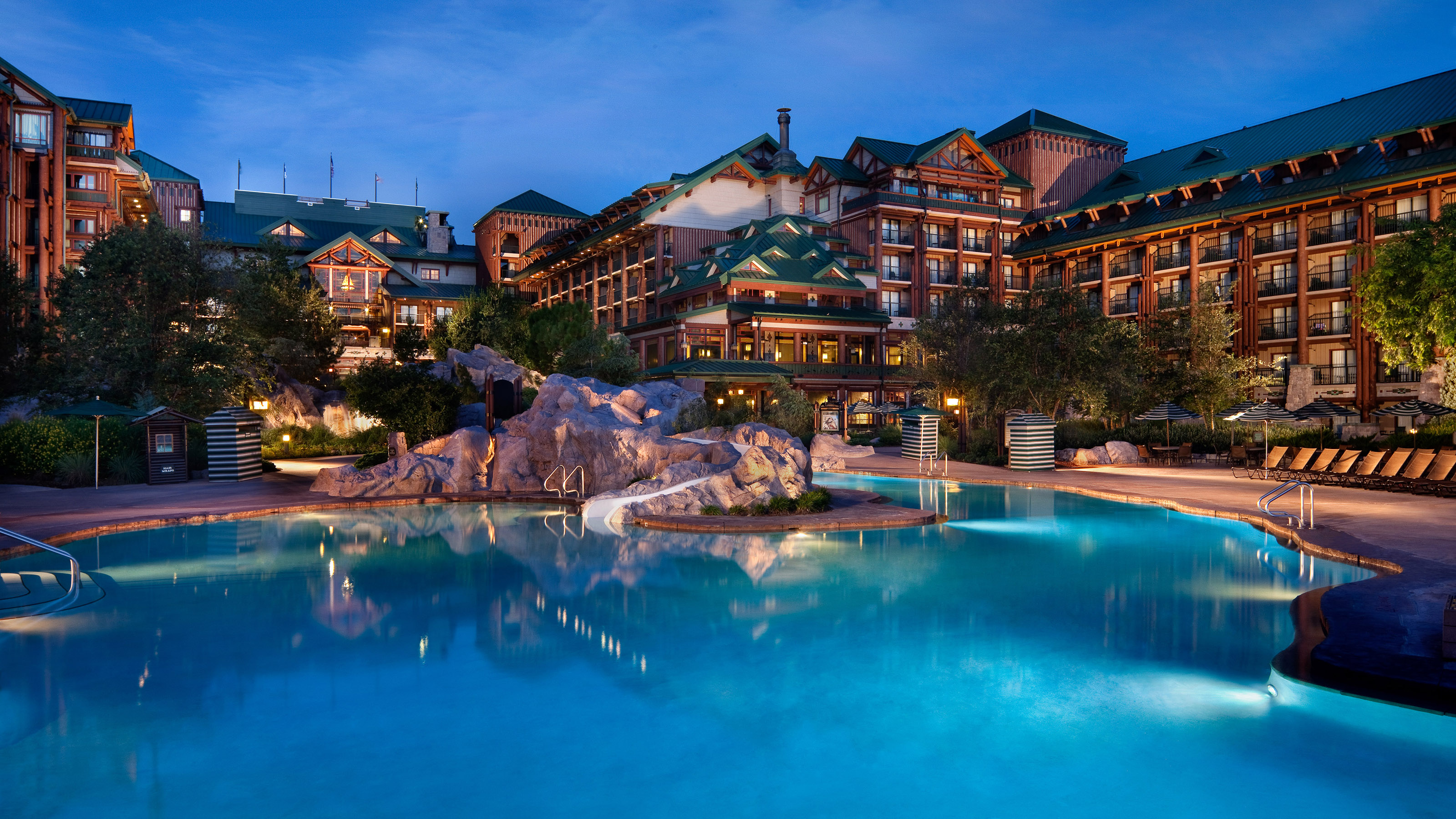 Disney 39 s Wilderness Lodge Serene Luxury Magical DIStractions