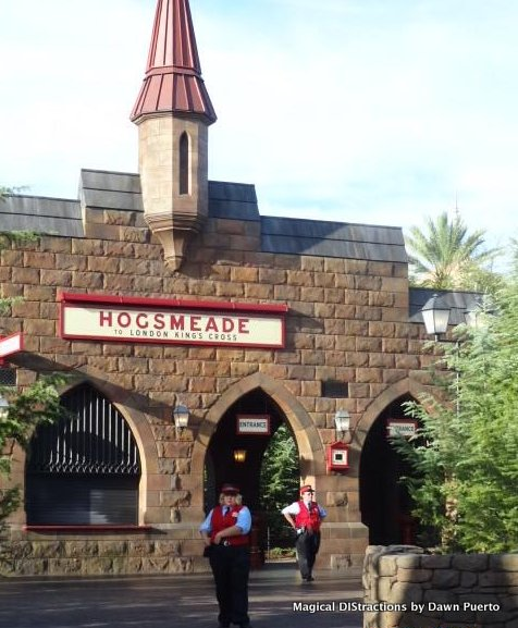 Universal Islands Of Adventure Hogsmeade Magical Distractions
